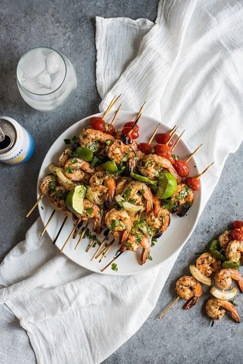 whole30-grilled-garlic-herb-shrimp-skewers