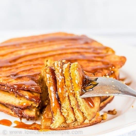 keto-5-ingredient-pancake