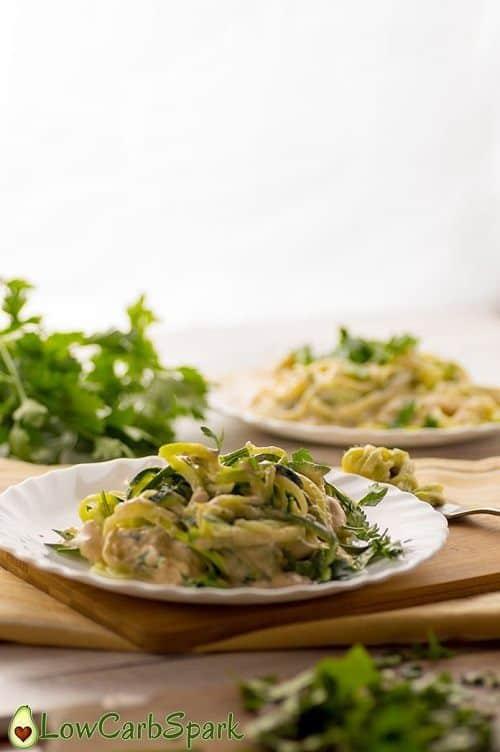 keto-high-fat-alfredo-creamy-zuchhini-noodles