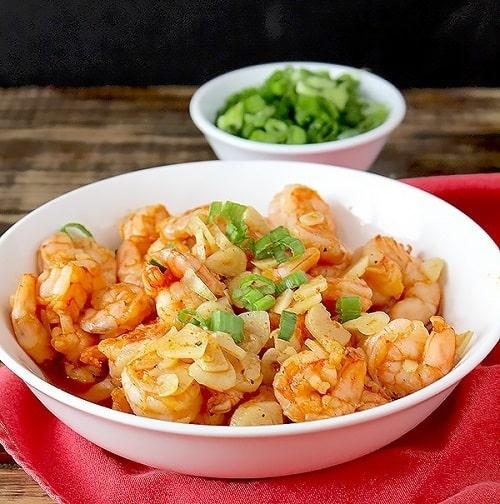 Whole30-Garlicky-Shrimp