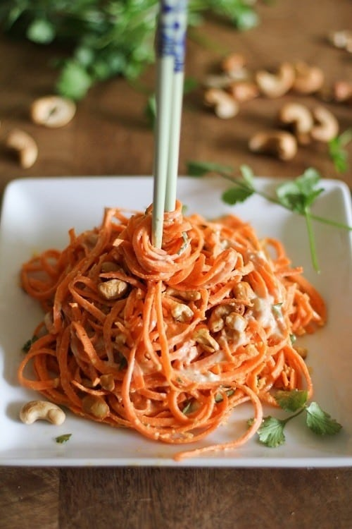 raw-spiralized-carrot-pasta-with-ginger-lime-peanut-sauce