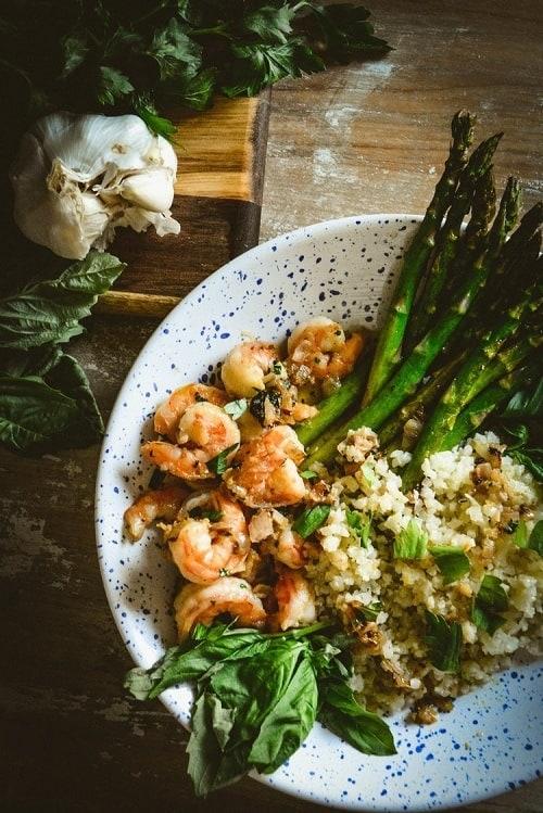 whole30-shrimp-lemon-oil-cauliflower-rice-and-asparagus