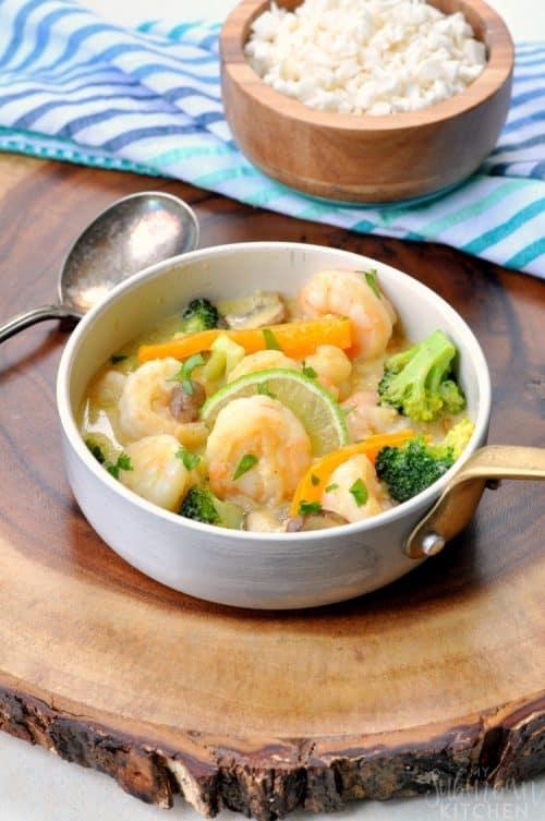 whole30-thai-green-curry-shrimp