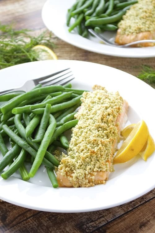 whole30-almond-crusted-salmon