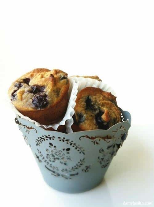 whole30-almond-flour-blueberry-muffins